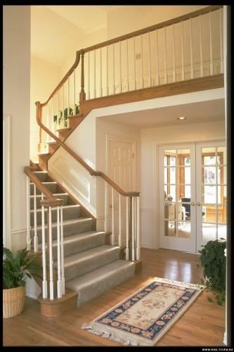 Фотография 109 - фото лестницы в частном доме